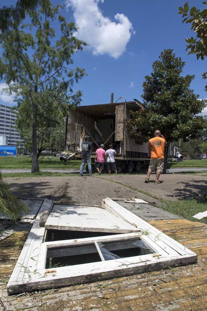 Davie Shoring crews move an 1895 shotgun house from Martin Luther King Blvd. in New Orleans on Wednesday, July 24, 2019.